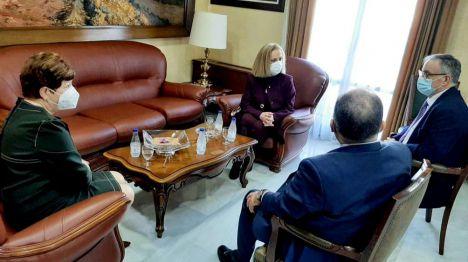 CCOO y CSIF piden a la nueva directora del INGESA que tire de ética y cese al director Territorial de Ceuta