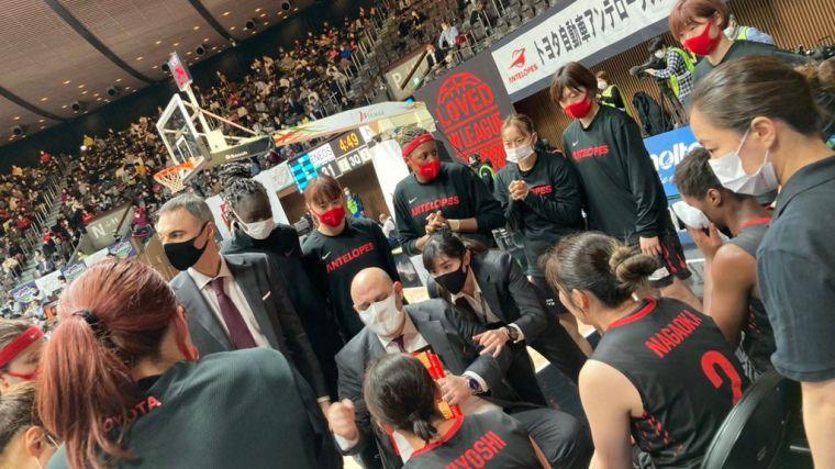 Un español agranda su leyenda con una histórica liga en Japón