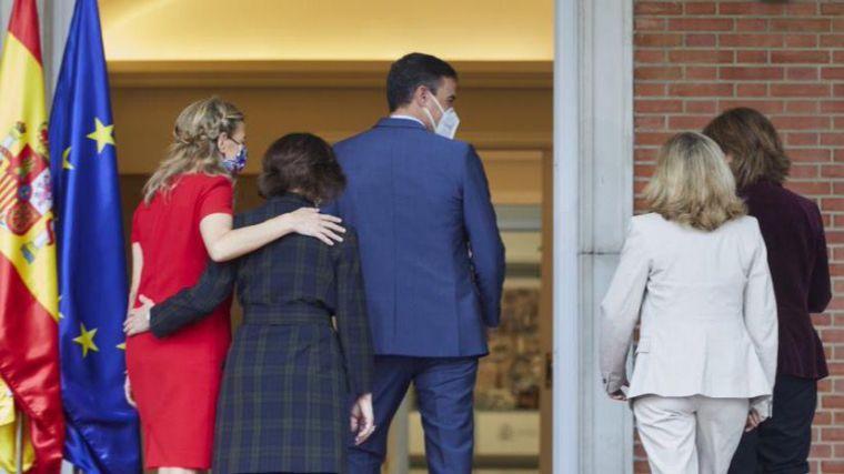 Sánchez pone en valor que el nuevo Gobierno de España es 'el único del mundo con cuatro vicepresidentas'