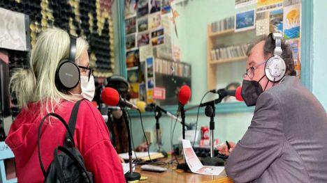 Las prisiones Madrid I (mujeres) y Madrid II (hombres) se conectan a través de Radio Activa 'Entre nosotras'