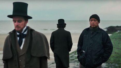 La innovadora serie documental 'Exterminad a todos los salvajes' llega esta semana a HBO