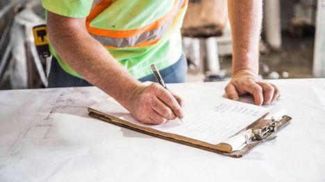 El número de empleados en ERTE se reduce en marzo hasta los 743.628