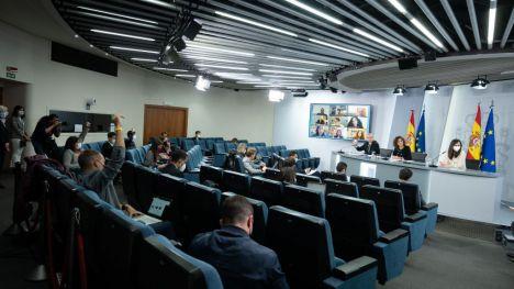 El Gobierno aprueba una inversión de 731 millones de euros para transformar la economía de los cuidados