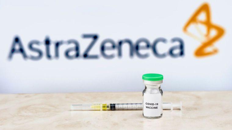 16 semanas de espera para la administración de la segunda dosis de AstraZeneca en menores de 60 años