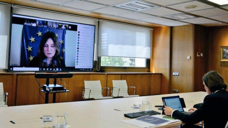 Reyes Maroto: 'La UE tiene que dar una respuesta coordinada con protocolos de movilidad comunes'
