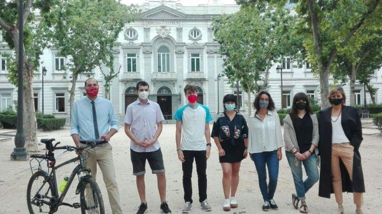 Fridays for Future se une al litigio climático: 'Es un juicio por el futuro del planeta'
