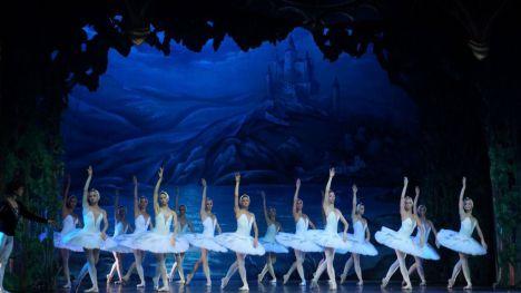 La Gran Vía madrileña acoge de nuevo al Ballet de San Petersburgo