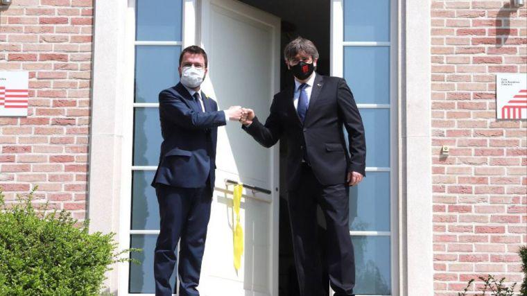 La Audiencia Nacional absuelve de encubrimiento a los dos mossos que acompañaron a Puigdemont por Europa