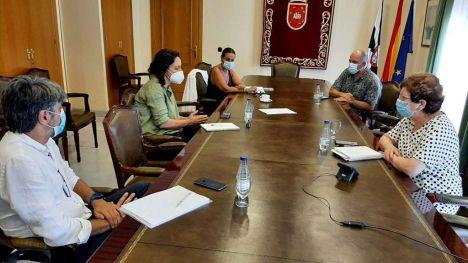 La directora general de Infancia y Adolescencia visita Ceuta