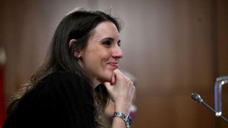 Montero señala como 'prioridad internacional' los derechos de mujeres y personas LGTBI en Afganistán