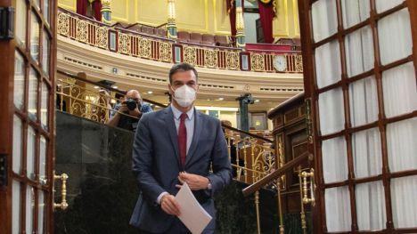 Sánchez contesta tajante a la oposición: