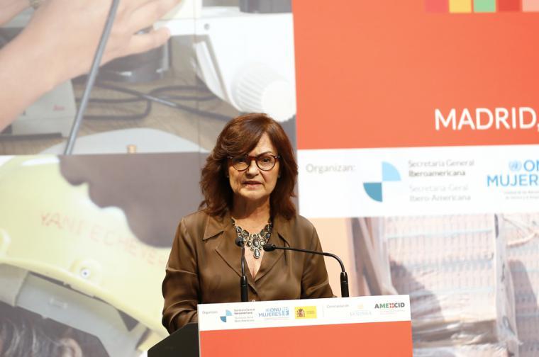 """Carmen Calvo: """"El poder está cambiando de manos y está llegando a las de las mujeres"""""""