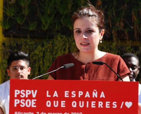 """Adriana Lastra: """"Ciudadanos es el coche escoba de la política española"""""""