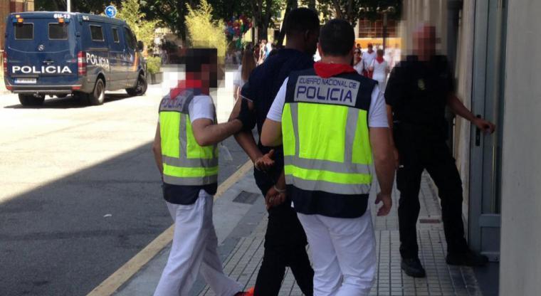 La Policía Nacional detiene a un agresor sexual buscado por las autoridades alemanas
