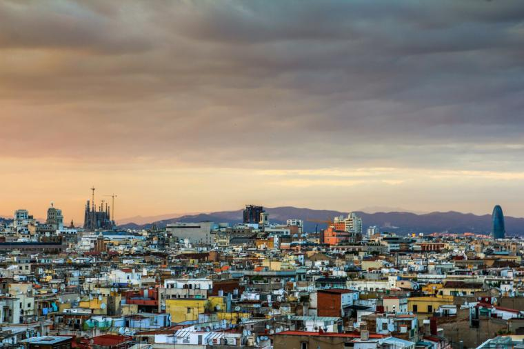 3.854 empresas han dejado Cataluña en el último año