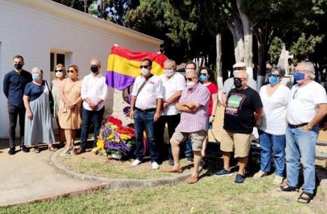 El Foro por la Memoria recuerda y homenajea a las víctimas del fascismo en Andalucía