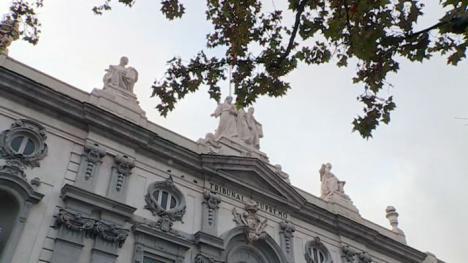 Un Supremo dividido decide que el cliente pague el impuesto de las hipotecas