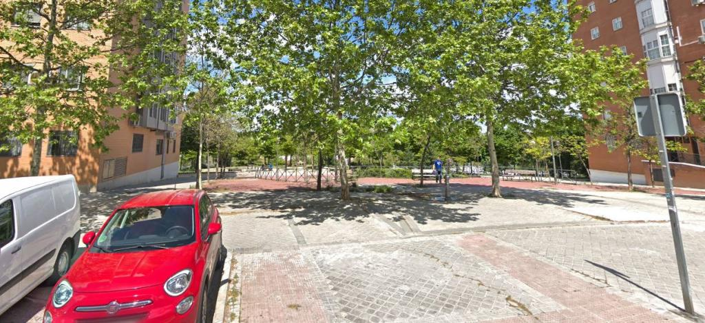 La niña violada en Madrid conoció a sus agresores a través de las redes sociales