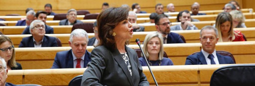 """Carmen Calvo, al PP: """"No vuelvan a enfrentar a Cataluña con España"""""""